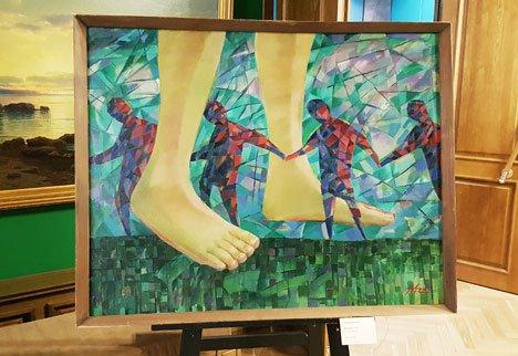 Приморская картинная галерея представила дары и поблагодарила дарителей