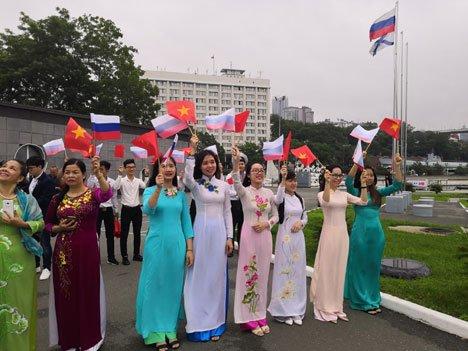Во Владивосток впервые прибыл боевой корабль ВМС Вьетнама