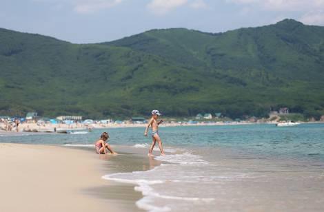 Еще 23 пляжа в Приморье разрешены для купания