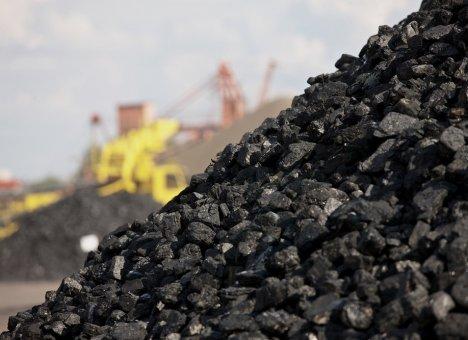 Порты Приморья недобирают угля и леса