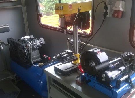 Автомастерская на колесах пополнила парк техники Приморской авиабазы