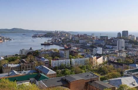 Жителям Владивостока предлагают избавиться от макулатуры, электрохлама и другого мусора
