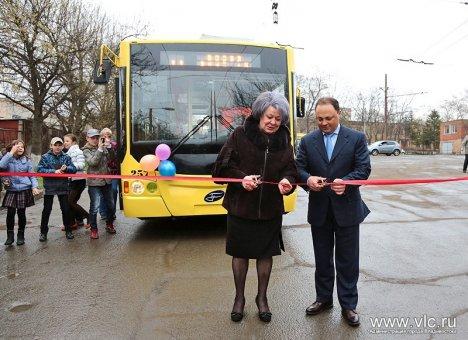 Экс-мэр Владивостока рассказал, как поставил на место частных перевозчиков