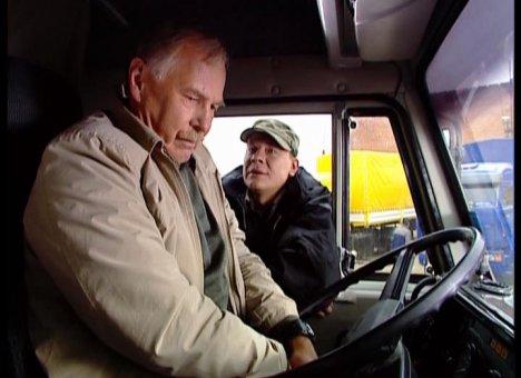 Водителей-дальнобойщиков уже в ближайшие годы начнут выкидывать на обочину