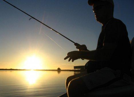 Дарькин будет рыбачить в Мурманске