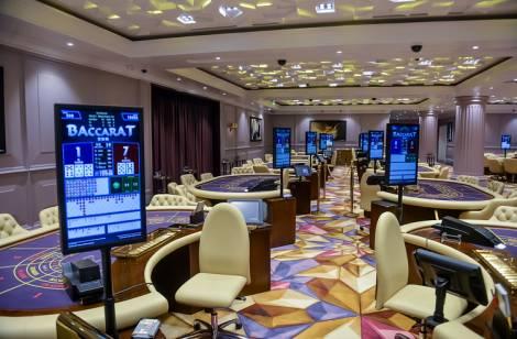 Жителей Приморья зовут отметить день рождения казино Tigre de Cristal