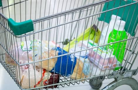 В Приморье подешевела продуктовая корзина, в стране - подорожала