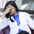В Приморье старшая медсестра получает с подработками, как уборщица
