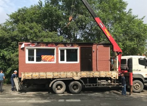 Более 500 незаконных объектов демонтировали во Владивостоке