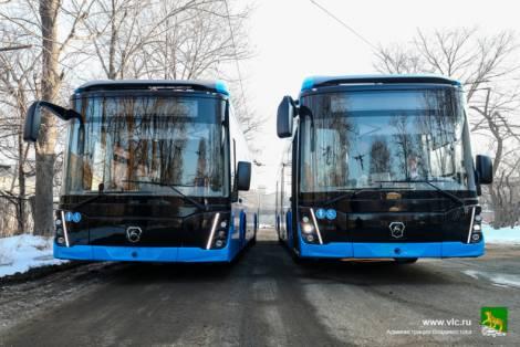 Новые электробусы проходят тест-драйв в троллейбусном депо Владивостока