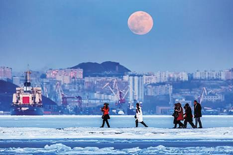 Подари Владивостоку взгляд