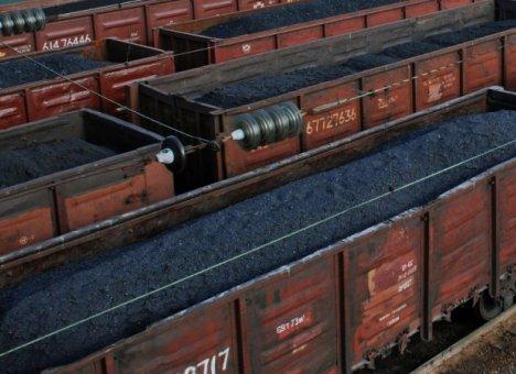 Приморский порт недобрал угля, но пылить меньше не перестал