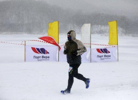 Во Владивостоке успешно прошло Морское ледовое велоралли
