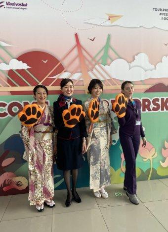 Первый рейс японской авиакомпании JAL приземлился во Владивосток