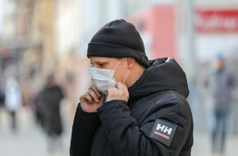 В Приморье определен список предприятий, которые продолжат работу в условиях эпидемии