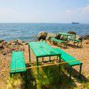 Во Владивостоке ограничивают въезд на пляжи Русского острова