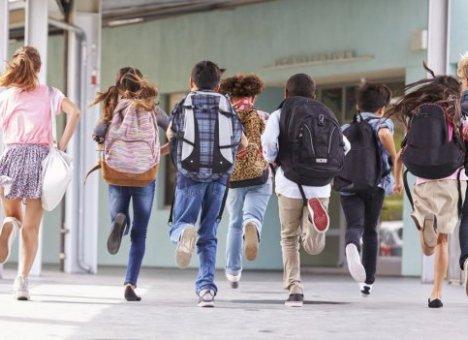 Учеников 1-8-х классов отправят на летние каникулы раньше срока