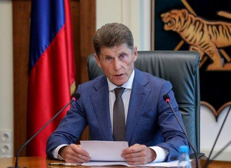 Олег Кожемяко попросил жителей Приморья не ходить в храмы на Пасху