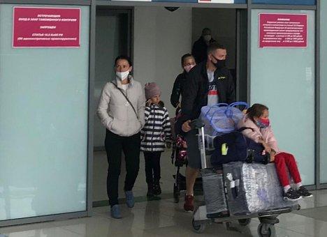 Еще более 100 человек эвакуировали в Приморье из Сеула