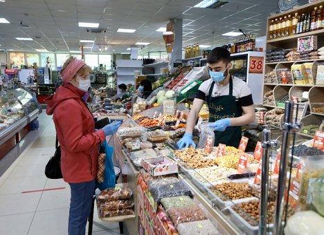 В Приморье торговым сетям рекомендовано прекратить продажу нефасованных продуктов