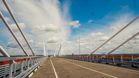 Международный мост через реку Амур