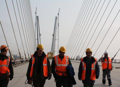 Во Владивостоке постоят еще один огромный мост длиной более двух километров