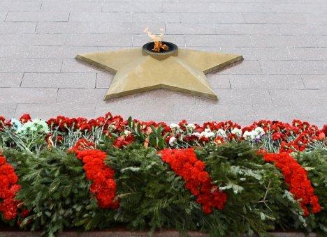 Минута молчания, возложения цветов запланированы на День памяти и скорби в Приморье