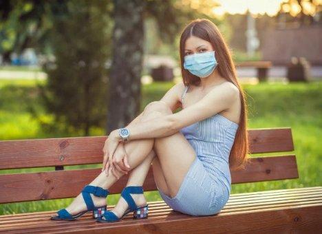 Пока Россия выходит из самоизоляции, пандемия коронавируса ускоряется, а covid-19 становится агрессивнее
