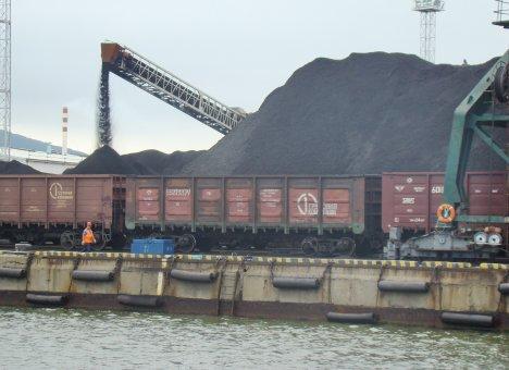 Уголь не доходит до Приморья