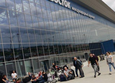 Аэропорт Владивостока не возобновит международные рейсы с 1 августа