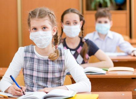 Врачи считают, что российские школы не станут рассадниками коронавируса