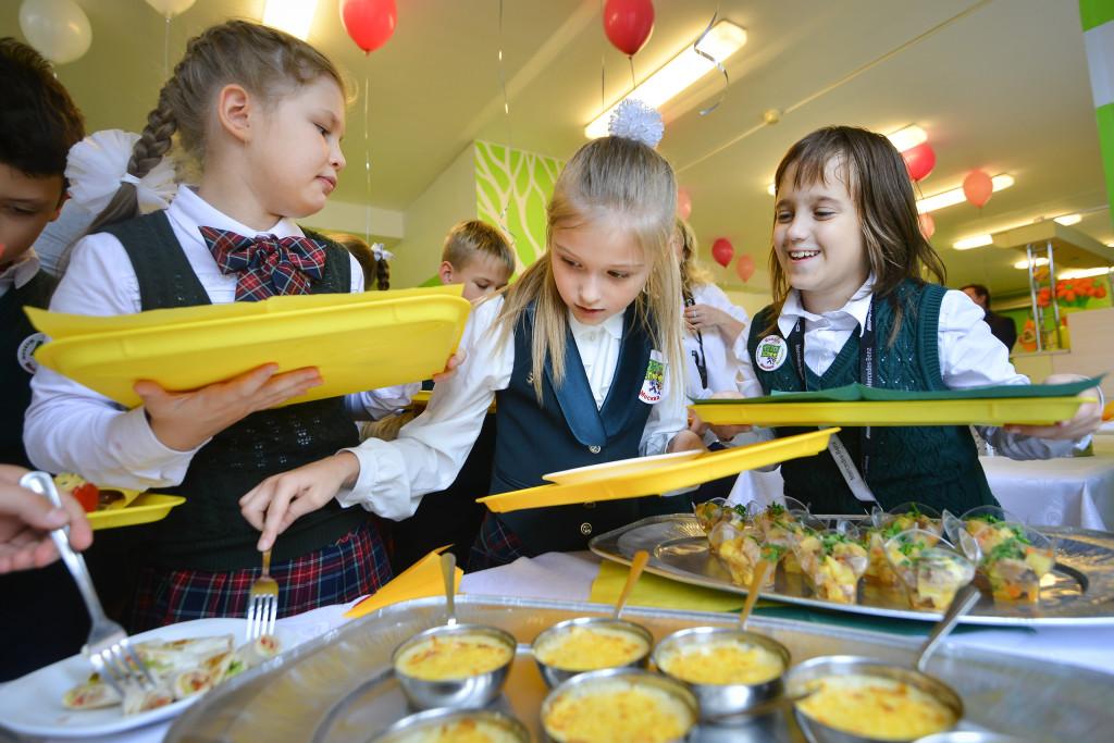 школьная столовая, горячее питание, школа, школьники