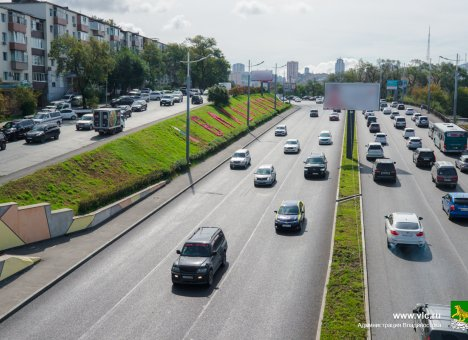 Во Владивостоке на Некрасовском путепроводе завершены работы по асфальтированию