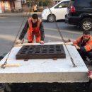 Новые люки и решетки на сетях ливневой канализации устанавливают во Владивостоке