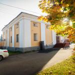 """Вход в резиденцию. Фото: """"Республика"""" / Михаил Никитин"""
