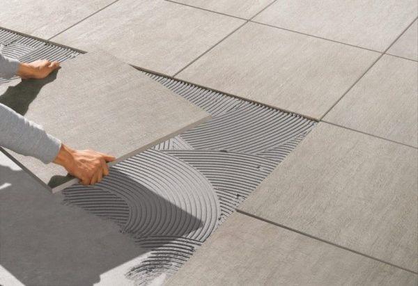 Керамогранитная плитка — идеальное решение для уличных и наружных работ